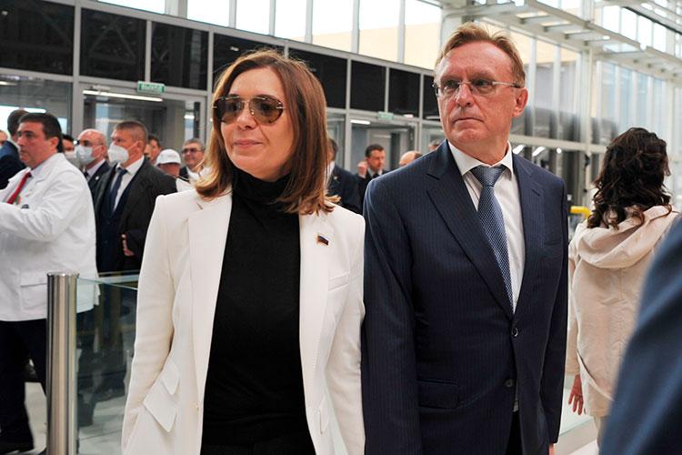 ПоНабережночелнинскому одномандатному округудепутатом Госдумы, очевидно, становитсяАльфия Когогина, супруга гендиректора КАМАЗа