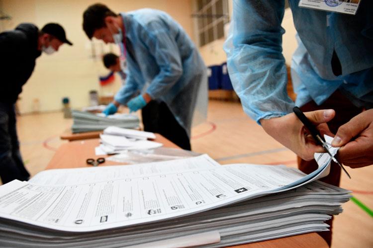 «Татарстан по итогам выборов получит столько мандатов, на сколько договорятся. У нас обычно, бывало, по пять-шесть мандатов. Плюс, нас могут включить в другие региональные списки, так что от Татарстана может быть и больше депутатов»