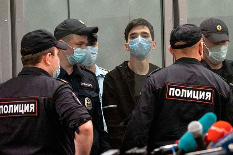 Задержание Галявиева— это уникальный шанс. Обычно те, кто устраивает шутинги, вживых неостаются. Аздесь феномен можно изучать под микроскопом