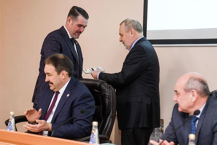 УруляФСС поРТЛоханов встал вконце января 2019 года