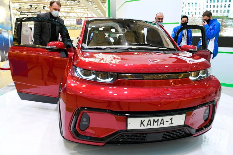 Смарт-кроссовер «Кама-1» был представлен в декабре 2020 года на VII ежегодной национальной выставке «Вузпромэкспо-2020»