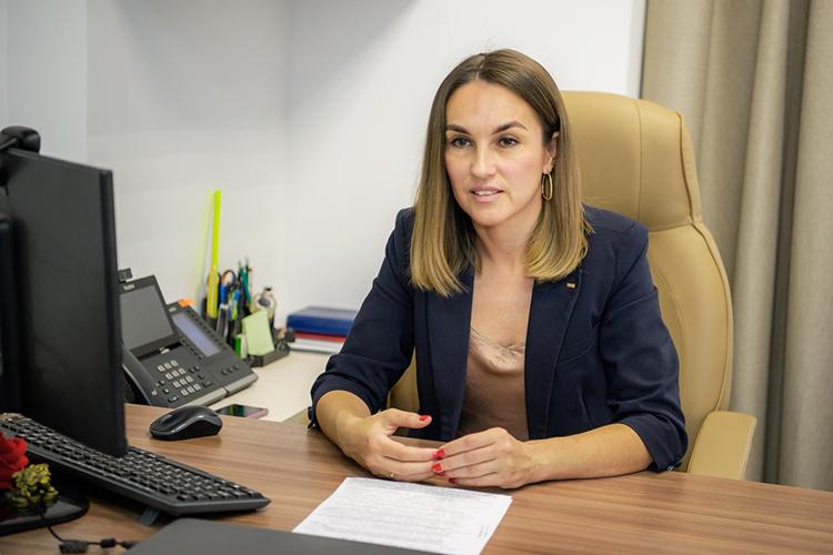 Ольга Попова: «Наступила новая реальность. Мыприняли решение онеобходимости формирования коллективного иммунитета вкомпании»