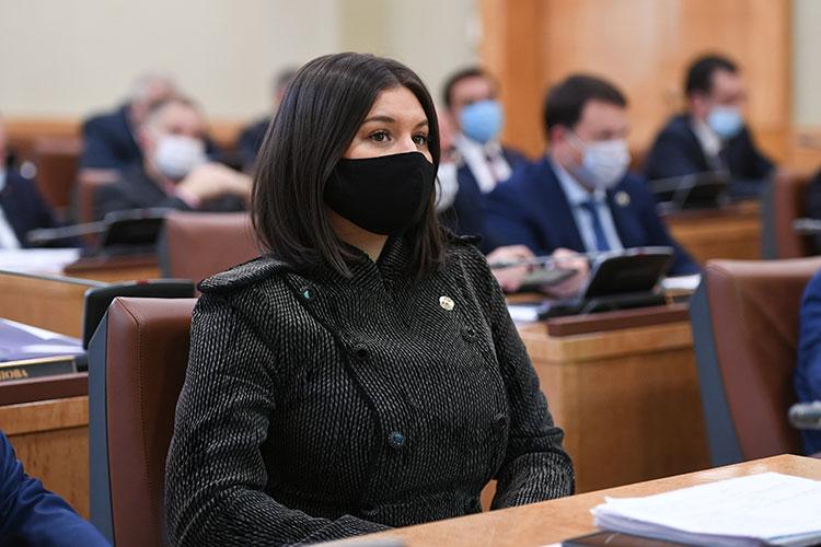 Талия Минуллина: «Мы все знаем, что Татарстан по вводу жилья входит в пятерку по России. В ПФО мы лидируем по этим показателям. Строили и будем дальше строить»