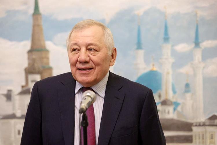 АльбертШигабутдинов:«Если напростом деревенском языке: если государство отакционеров ТАИФа получало рубль, тонас вместе сложить, иполучится шесть рублей»