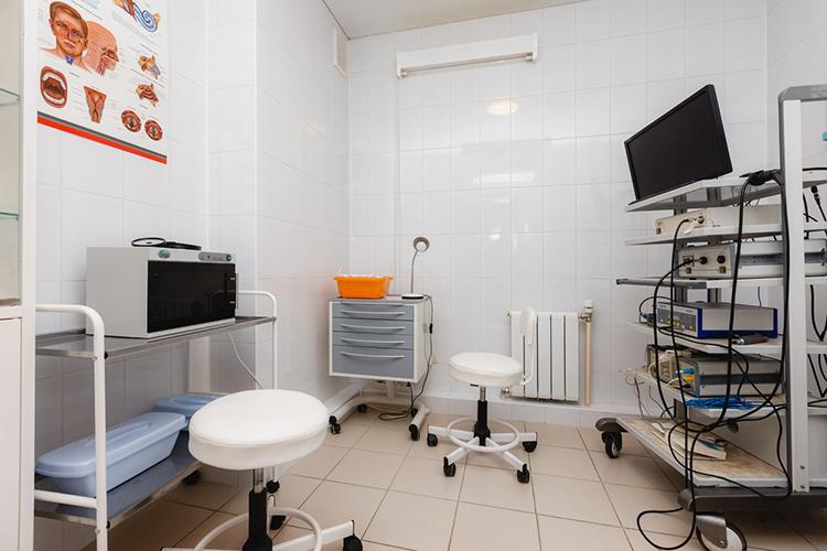 «Поскольку «МАК-Клиника»— медицинское учреждение широкого профиля, тоспрос есть навсех врачей»