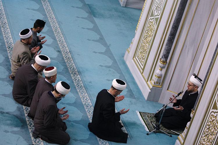 Раскол между муфтиятами— это иесть самый точный коллективный портрет нашей мусульманской действительности