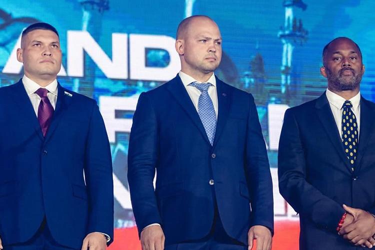 Мингазов, заняв свой пост, сразу отметил, что ониего команда непланирует зарабатывать нафедерации