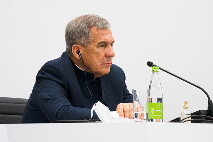 Рустам Минниханов отметил, что учения особенно актуальны сегодня, когда мир продолжает борьбу с коронавирусом