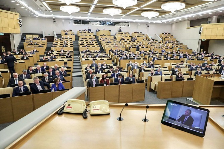Сегодня избранные депутаты Госдумы VII созыва будут утверждать руководство парламента и председателей комитетов
