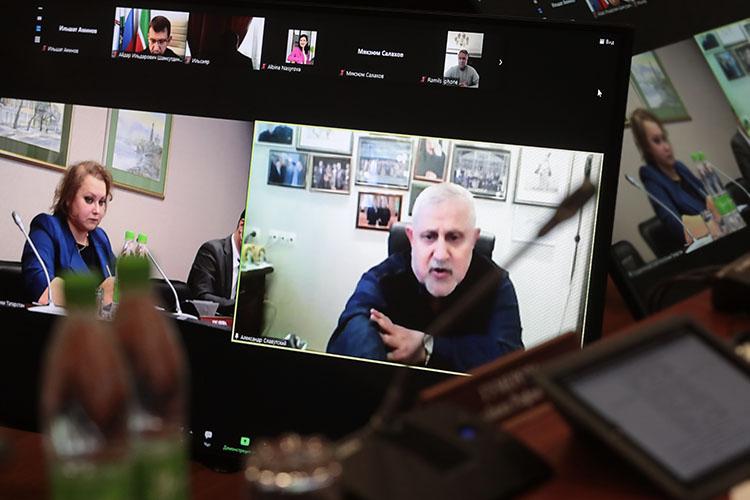Александр Славутский:«Из-за ковидных ограничений мытеряем ибудем терять еще больше. Будетли это как-то компенсировано театрам?»
