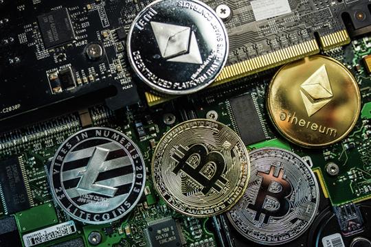 «Я не активный пользователь криптовалют, я их разработчик и нахожусь по другую сторону»