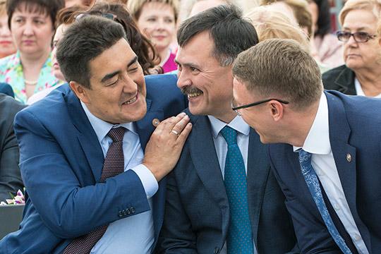 «Кадровый лифт» исполкома: Рустем Гафаров будет «социальным крылом» Дениса Калинкина