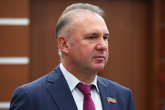 В беседе с корреспондентом нашего издания Зубарев заявил, что «понятия не имеет, почему в офисе проводились обыска»