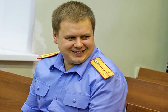 По информации нашего издания,уголовное дело вчера вечером возбудил следователь по особо важным деламСтанислав Хораськин