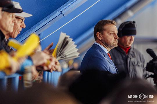 Дмитрий Ячанов: «Общение свратарями— это ежедневный, ежечасный, если неежеминутный процесс»