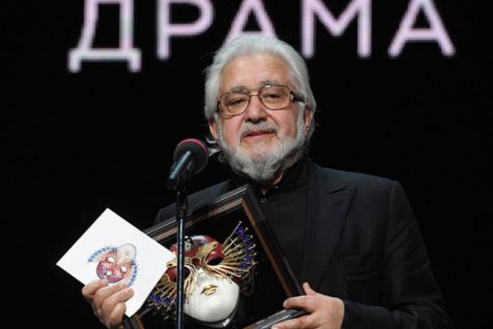 74-летний художественный руководитель МДТ Лев Додин— один изсамых авторитетных театральных деятелей страны, и, пожалуй, самый известный вмире изроссийских режиссеров