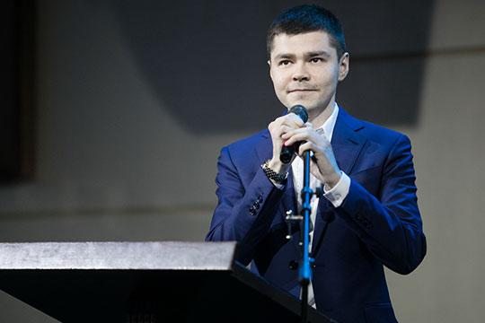История молодого предпринимателяАяз Шабутдинов, прославившегося недавно проданной сетью кофеен Coffee Like, начиналась вего 15 лет, когда онуехал отродителей