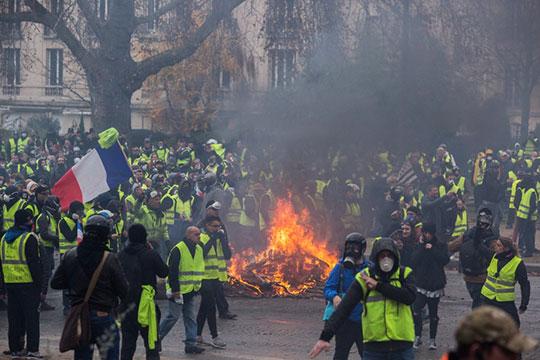 «Желтые жилеты»— это, прежде всего, возврат кклассовой политике. Теперь самая насущная повестка для французских левых— они должны снова стать левыми»