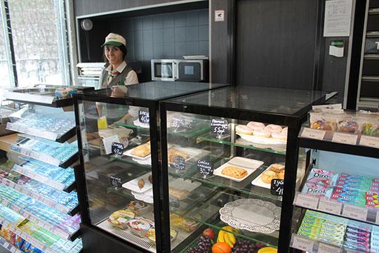 Точки питания сегодня присутствуют практически на всех АЗС «Татнефти», где есть торговые залы, пояснили в компании