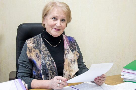 ВалентинаСафина вполне заслуженно считается самым опытным адвокатом Закамья. Еёобщий стаж работы вюриспруденции составляет рекордные 40лет