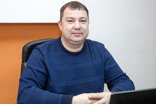 Одним из последних дел Рената Шарипова стала защита директора челнинского МУП «Горсвет» Разифа Гильфанова, который подозревается сразу по трем статьям