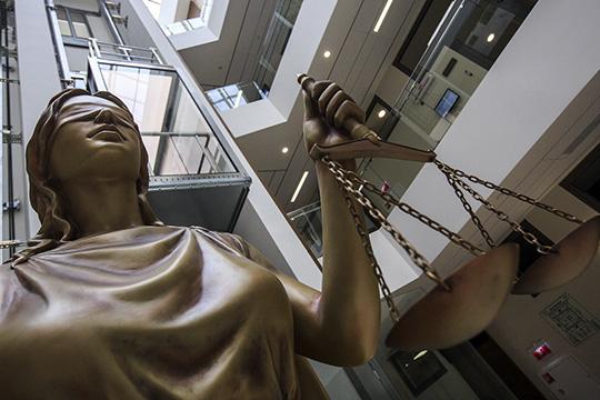 В Челнах из1563 уголовных дел, рассмотренных вминувшем году, суд вынес оправдательные решения лишь вотношении 4 челнинцев