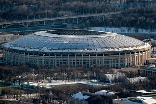 В мае 2016 года компания Гульнары Мустафиной выиграла контракт суммой 737 млн на благоустройство территории Олимпийского комплекса «Лужники»