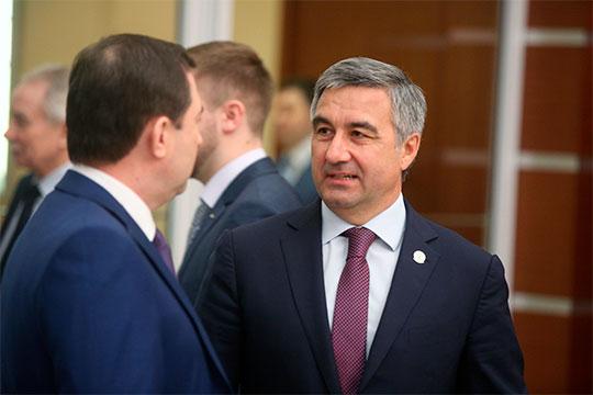 Интересно, что Киямов оставался одним из последних руководителей команды Шайхразиева (на фото) в администрации Магдеева