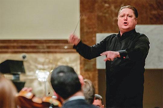 «Впереди юбилейная дата — 180 лет со дня рождения Петра Ильича. Поэтому я хочу к 2020 году издать собрание всех его симфоний и концертов — это будет бомба»