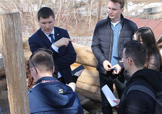 В разговоре с журналистами Гущин добавил, что в планах — последовательная работа по сохранению объектов деревянного зодчества, а их в Татарстане порядка 120