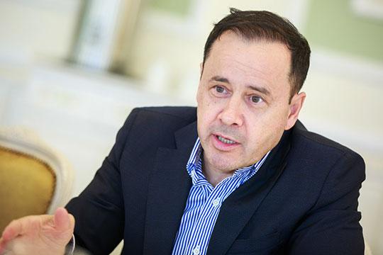 Зуфар Гаязов: «Мы все знаем, какая ситуация в экономике страны. Сегодня многие рестораторы трансформировались — кто-то ушел из сегмента «премиум», другие пополнили ряды фаст-фуда или фри-флоу»