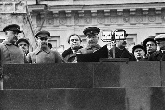 «Нам любят рассказывать о жестокостях сталинизма, и я с этим не спорю — время было страшным. Но давайте подходить к этому системно»
