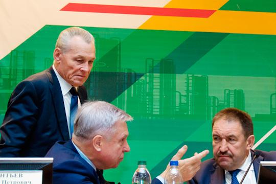 Александр Лаврентьев (слева) о диверсифицировании ОПК-предпритий РТ: «Достижений, честно говоря, мало, чтобы порадоваться»