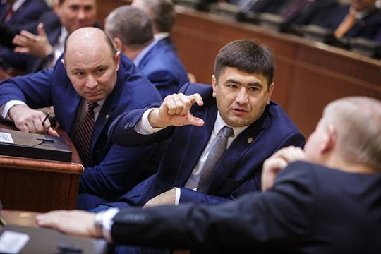 Сергей Димитриев(2,3млн рублей) всегда рад пригласить гостей всобственный банно-гаражный комплекс площадью почти 200 квадратов