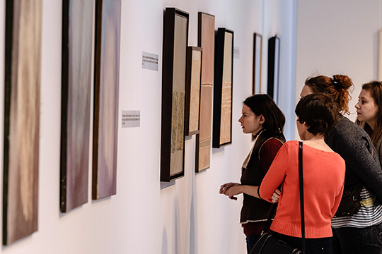 «Организовать свою выставку вомногих российских галереях пока мне недоступно. Потому что аренда залов очень дорогая»