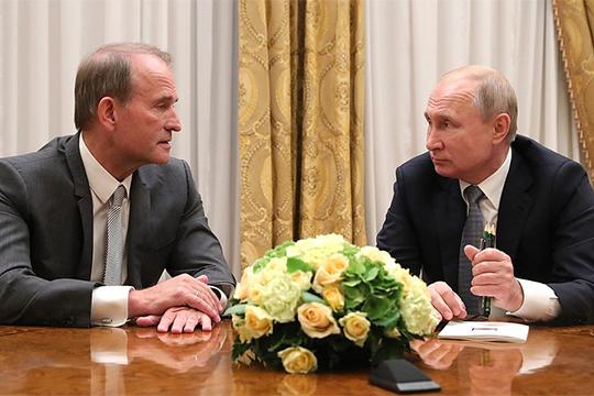 По данным некоторых питерских СМИ, во время недавней встречи Владимира Путина и Виктора Медведчука обсуждался Андрей Рюмин в качестве одного из серьезных кандидатов на пост премьера Санкт-Петербурга