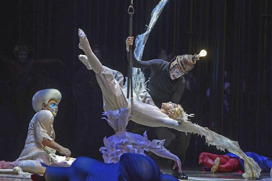 Помнению идиректора иархитектора, популярность цирков сейчас неуменьшилась.«Если мыпостроим, первые лет пять народ будет ходить хотябы ради интереса, апотом уже икультура сформируется»