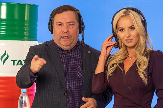 Новое шоу «АкБарса»: ведущие обсуждают матчи впрямом эфире во «ВКонтакте»