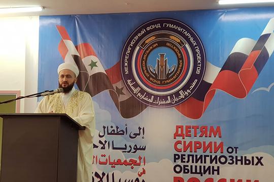 «Никогда еще небыло такого, чтобы мусульмане иправославные объединились водну вгруппу иотремонтировали школу»,— полагает имам-мухтасиб Нижнекамска Салих хазрат Ибрагимов