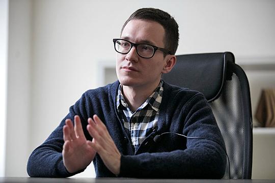 Малек Дудаков: «Несмотря на всю истерику, что у нас могут отключить интернет, я сомневаюсь, что до этого дойдет. Тогда произойдет крах всей экономики. К тому же запретительные методы — не выход»