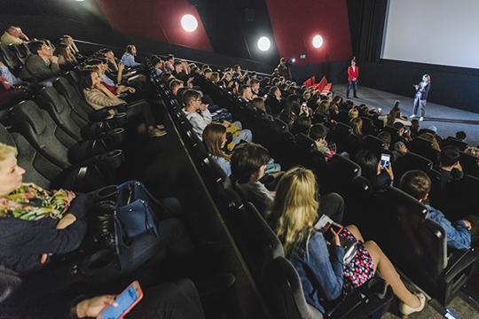 «До кинотеатров нужно достучаться и сказать — если хотите поднять продажи, ставьте каждую неделю один татарстанский фильм, и вы увидите, как увеличится ваша аудитория»