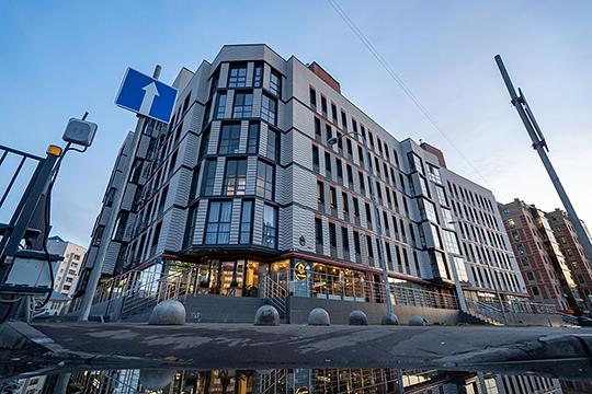 «Мы очень плотно работаем с главным архитектором Казани. Все проекты уже с эскизной стадии мы продумывали так, чтобы они соответствовали новым тенденциям» (на фото — ЖКKalinina House)