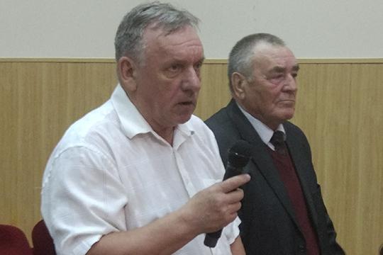 В начале 2018 года пенсионерОлег Першин (слева) подал всуд наООО «Нижнекамская ТЭЦ» стребованием запретить компании сжигание кокса вбудущем. Однако на втором заседании суд отказал ему в иске