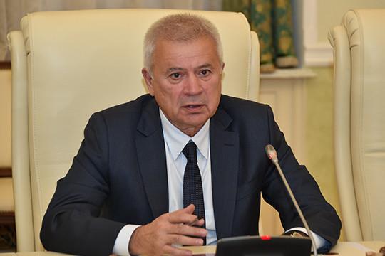 Канал «Экономика» напоминает, что о планах Алекперова «продать» ЛУКОЙЛ в последнее время писали часто и много