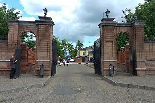 Арское кладбище — центральное, «муповское». Все остальные кладбища Казани «подчиняются» ему