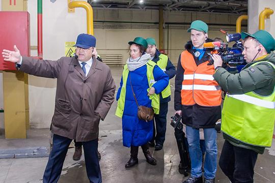 Сегодня генеральный директор Набережночелнинского КБКАндрей Фомичевсобрал журналистов, чтобы показать новые производственные линии ирассказать обитогах года