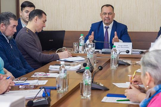 Компания «Жилэнергосервис»Ахата Галаутдиновазаявилаожелании создать народную управляющую компанию, где вуправлении моглибы принимать участие жители через своих доверенных представителей