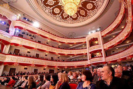 Премьер нет, как ибилетов: противоречивое долголетие Шаляпинского фестиваля