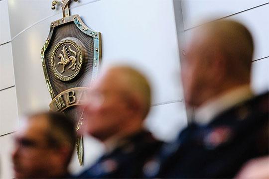 По словам источников нашего издания, больше всего от Артема Хохорина «досталось» начальнику ОП №2 «Комсомольский» Иреку Насирову, который якобы уже покинул должность и уволен из органов