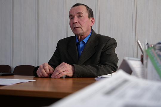 Мансур Галиуллин:«Айрат Назипович нашей деревне все время помогал.Инетолько деревне, ноирайону, иреспублике, иРоссии.Онлюбил нашу деревню, все детство приезжал сюда наканикулы»